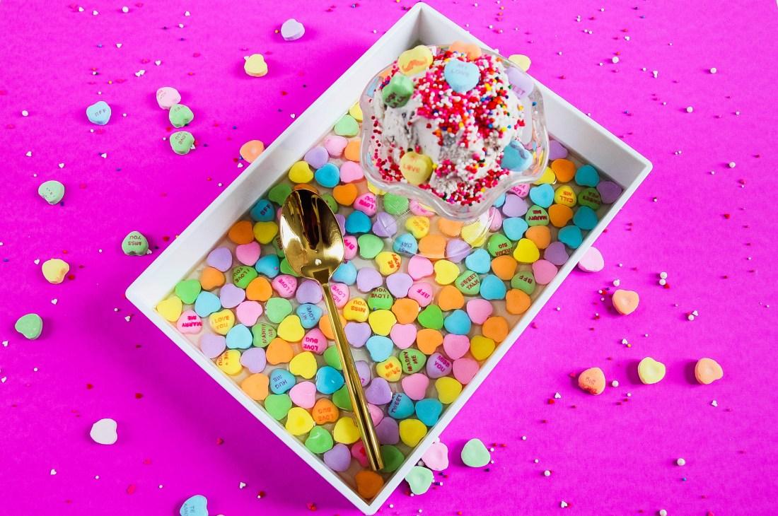vday convo heart ice cream tray