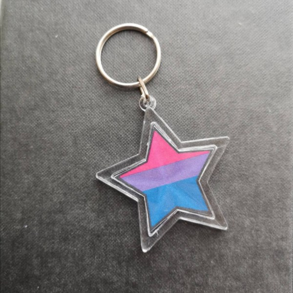 Star shaped keyring with bisexual flag