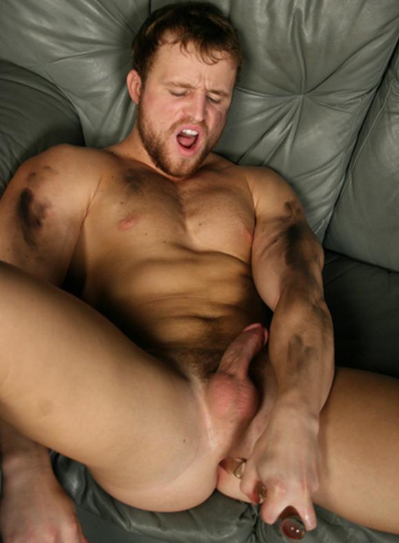 muscular gay porn star Nash Lawler fucks himself with a dildo sex toy