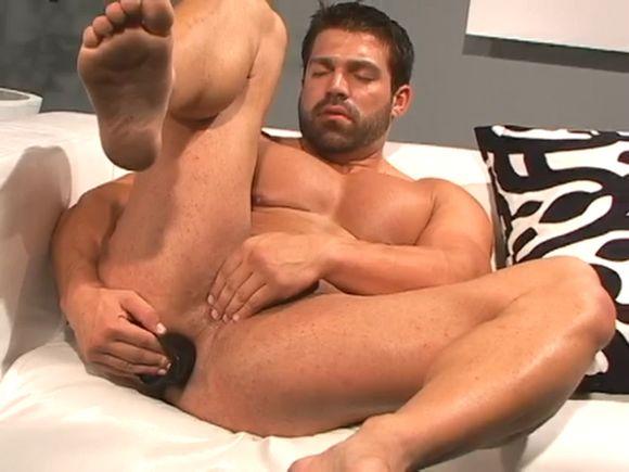 Vince-Ferelli-Backroom3