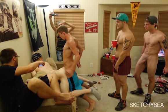 Gay bareback gangbang tube