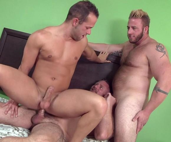 Luke Adams Charlie Harding Aaron Bruiser MyTwoDaddies Gay Porn