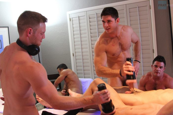 Free gay musclemen orgy blogs