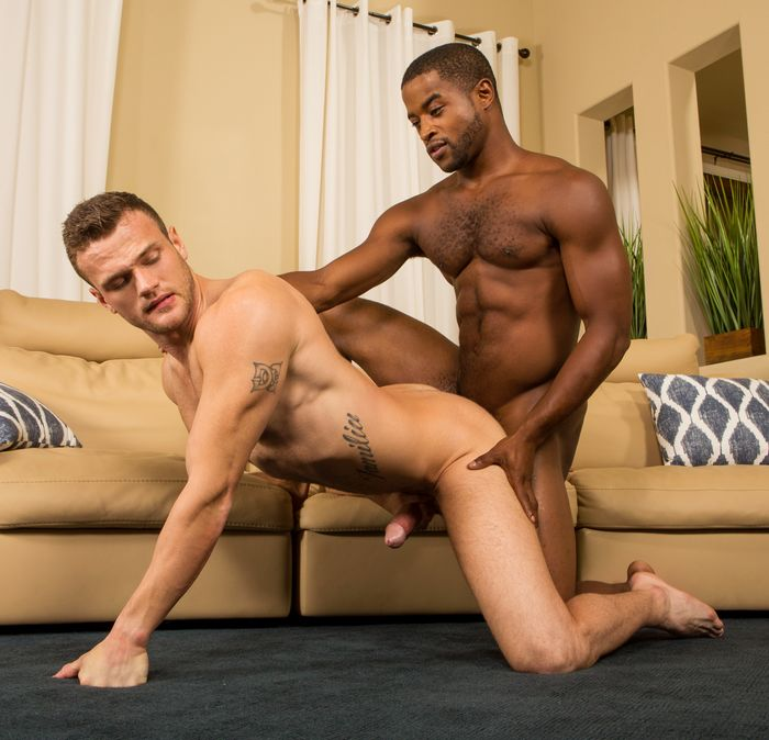 SeanCody Gay Porn Sean Landon Bareback Interracial Sex