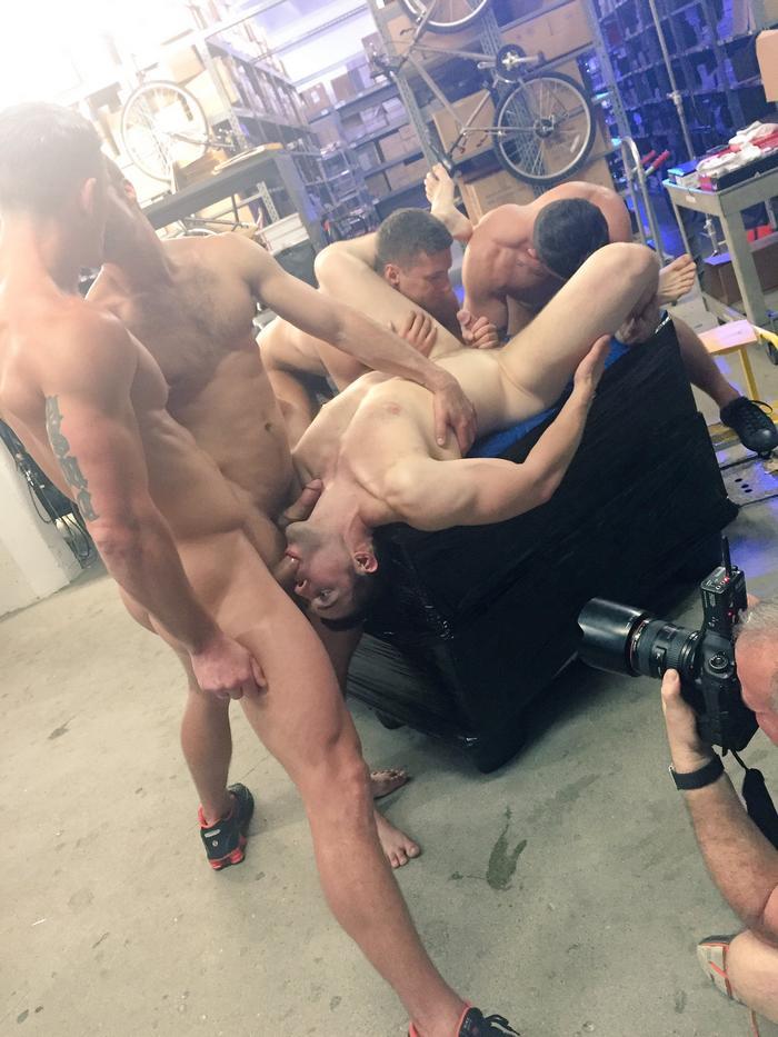 urban-spokes-gay-porn-orgy-bts
