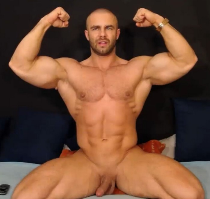 Conrado Male Webcam Model Bodybuilder Muscle Hunk Flirt4Free