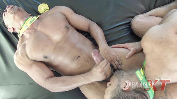 Douglas Ferraz Gay Porn Lago Bareback Sex DarkAlleyXT