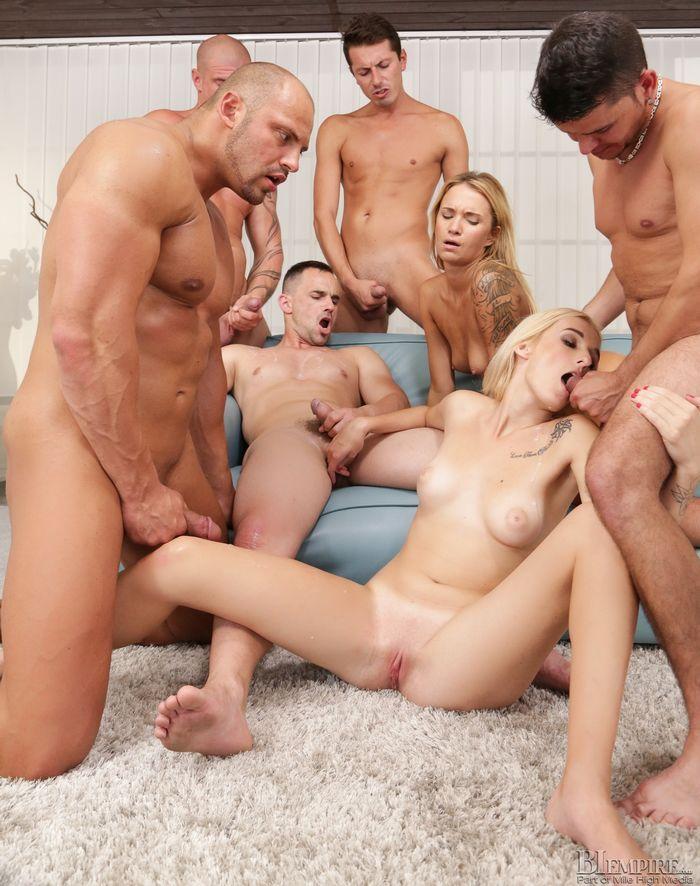 Groupsex Addicted Hunks Enjoy An Orgy