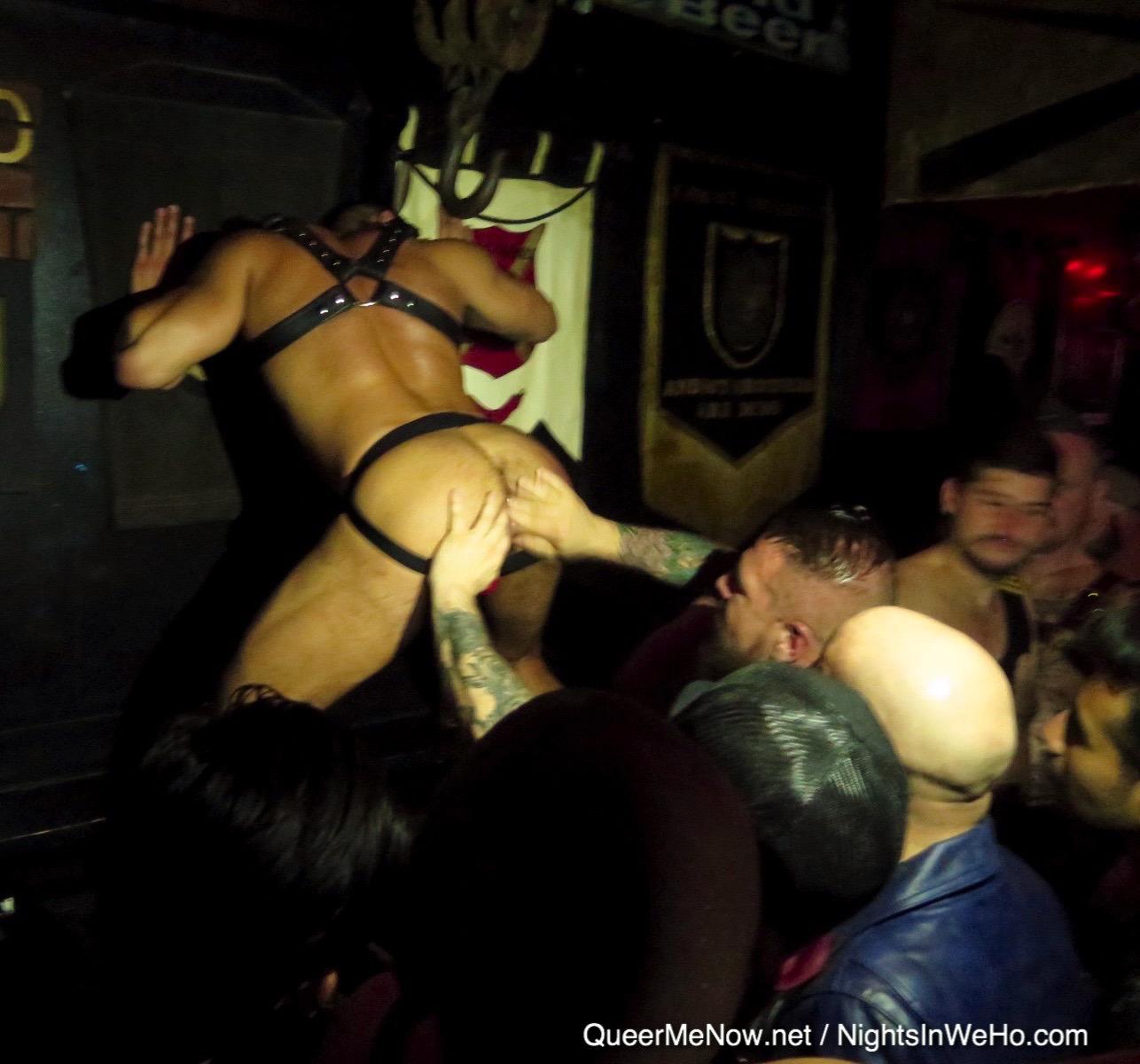 gay live sex show