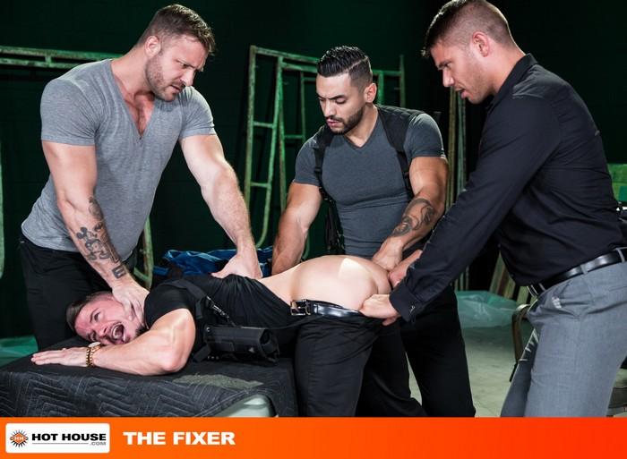 Skyy Knox Gay Porn GangBang Austin Wolf Arad Winwin Tyler Roberts