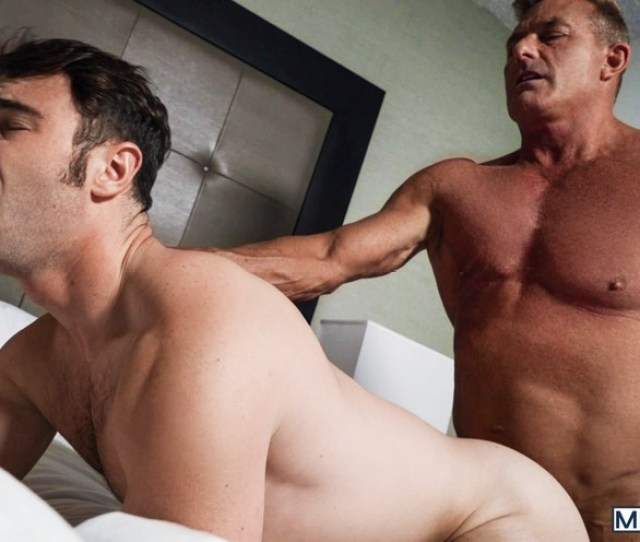 Muscle Daddy Matthew Figata Makes His Gay Porn Debut Fucking