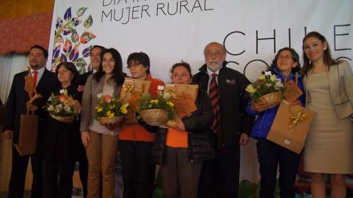 Celebran día de la mujer rural