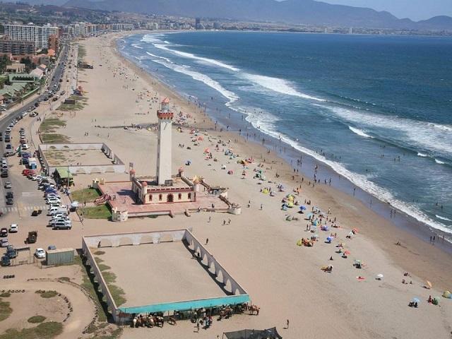 A tres meses del tsunami Coquimbo y Valparaíso ya listos para el verano 2016