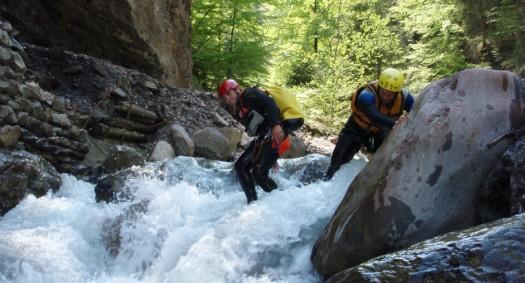 Canyoning: la extrema disciplina que suma adeptos en Chile