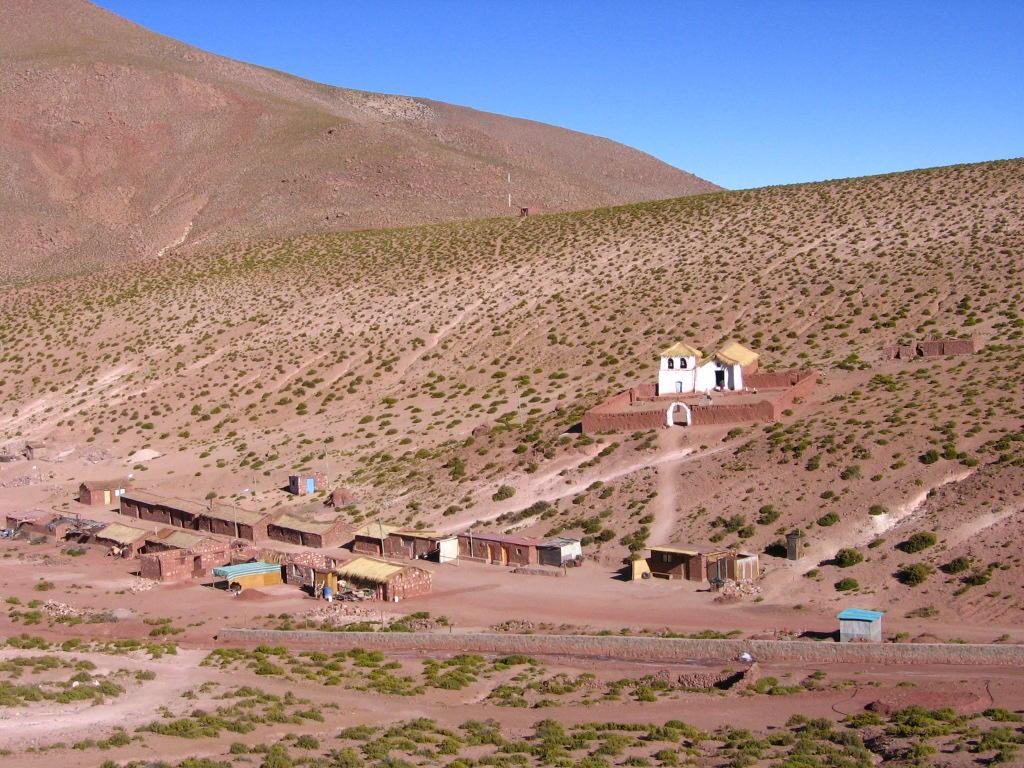 Machuca: Un pueblo perdido en medio de las montañas camino a los géiseres