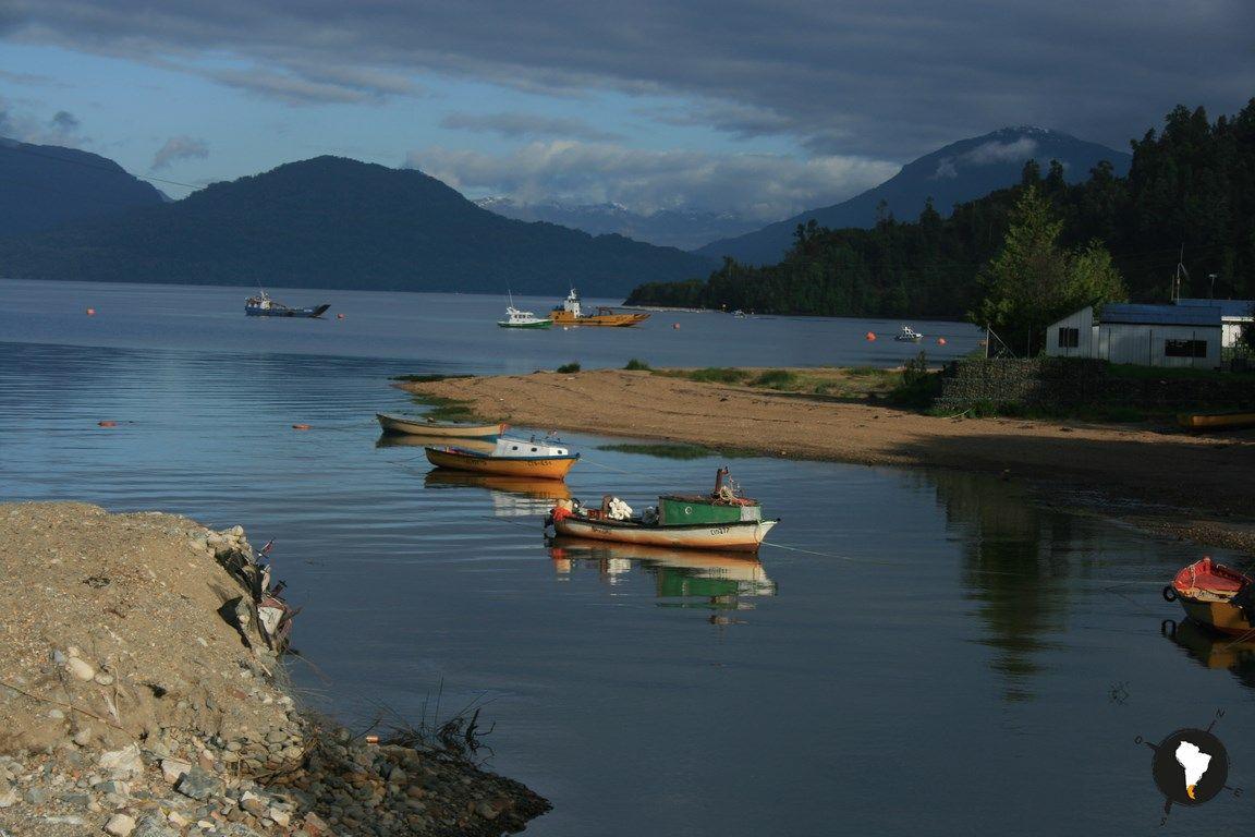 Puerto Cisnes: Una encantadora bahía en Aysén