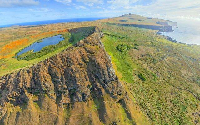 Conoce el Volcán Rano Raraku, uno de los sitios arqueológicos más increíbles del planeta (FOTOS)