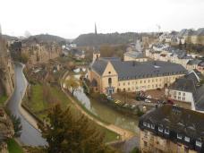 Vue sur l'abbaye de Neumünster et l'église Saint Jean du Grund (Luxembourg)