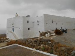 Monastère des Taxiarques (Serifos)