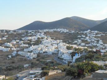 Vue sur Apollonia (Sifnos)