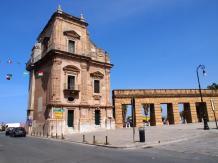 En direction du port La Cala (Palerme)