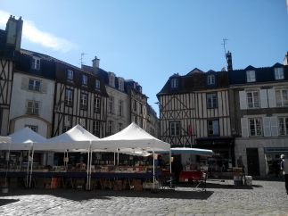 Place Charles de Gaulle (Poitiers)