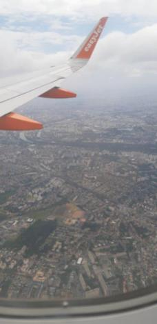 Au dessus de la banlieue parisienne (retour de Crète)
