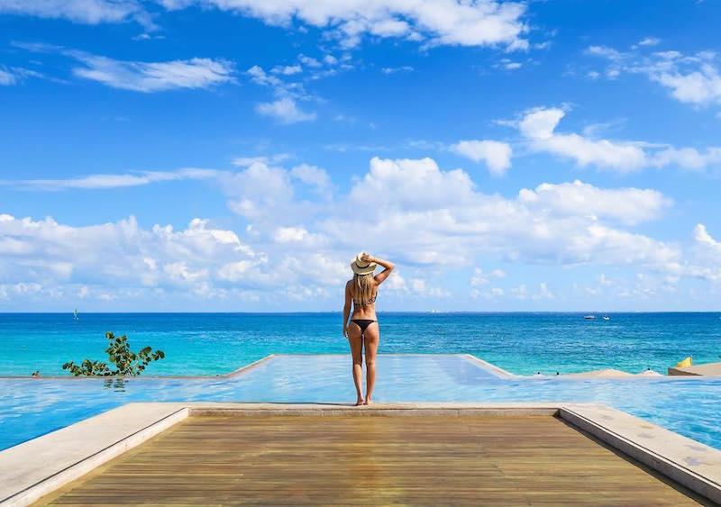 Las 8 mejores cuentas de Snapchat de viajes: The Blonde Abroad