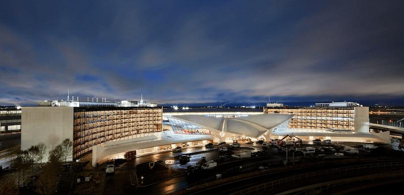 La TWA Terminal de noche