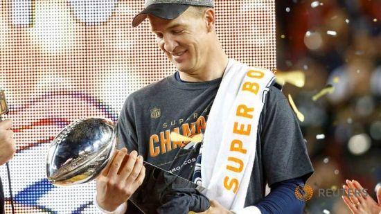 Denver Broncos World Champions, Campioni con Manning, per Manning, nonostante Manning