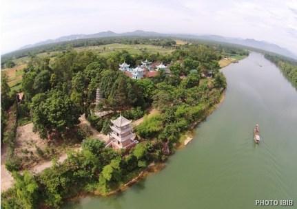 Tu viện Long Quang, nơi đặt Văn Phòng Viện Hoá Đạo Gíao hội Phật giáo Việt Nam Thống nhất