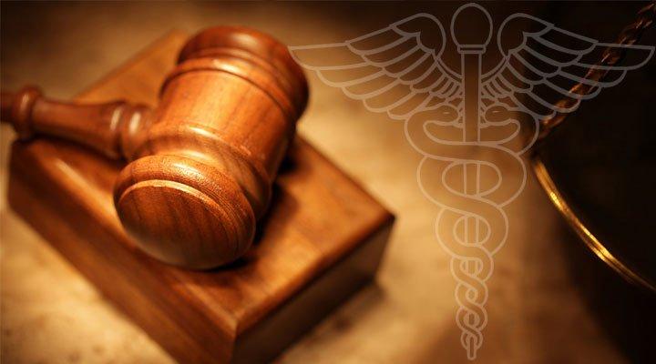 Condenas a médicos se multiplican año a año