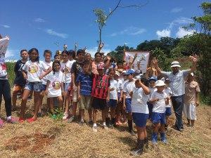 Tree planting group