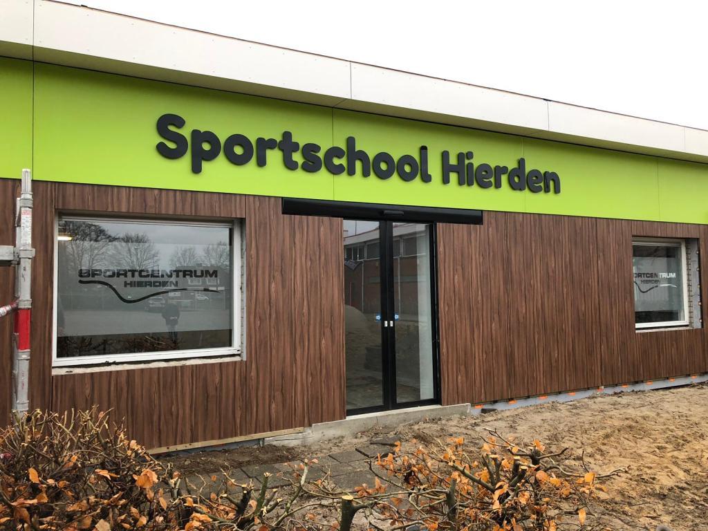 Gevelbelettering Sportschool Hierden