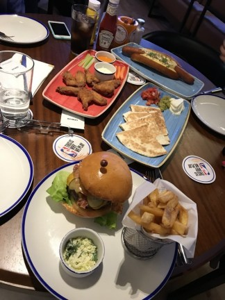 NBA Cafe restaurante que se cuece en bcn planes barcelona (19)