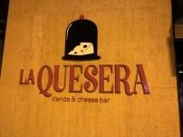 Restaurante La Quesera Barcelona fondues raclettes que se cuece en Bcn (22)