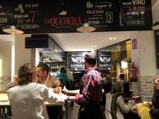 Restaurante La Quesera Barcelona fondues raclettes que se cuece en Bcn (9)