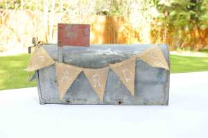 Vintage Galvanized mailbox with card pennant $15
