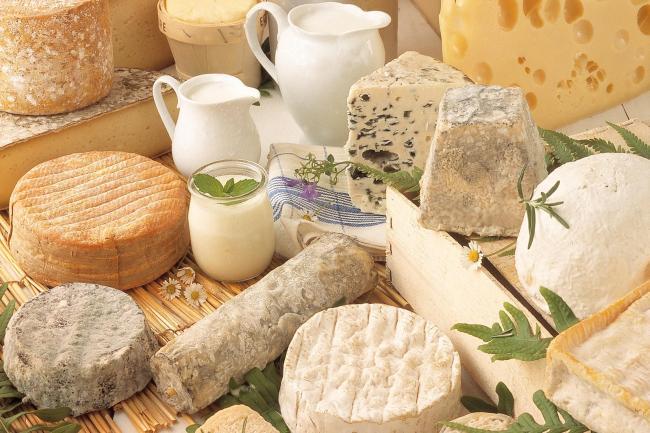¿La corteza del queso se puede comer?