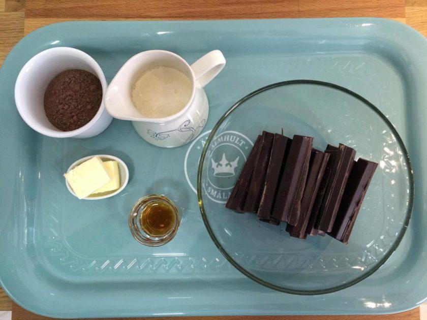 trufas-de-chocolate-negro-y-ron-01