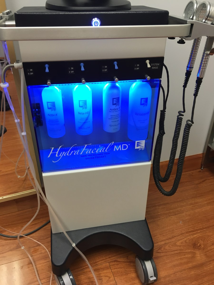 How a HydraFacial From NOVA Plastic Surgery Helped My Winter Skin
