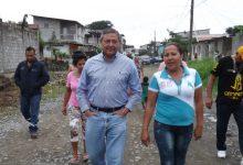 Alcalde Jorge Domínguez anuncia nuevas obras en el barrio Elena María