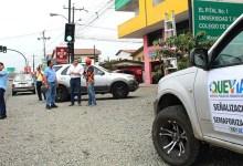 Personal de Quevial da mantenimiento a los semáforos de la ciudad