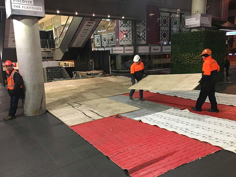 Escalator Floor Protection 2