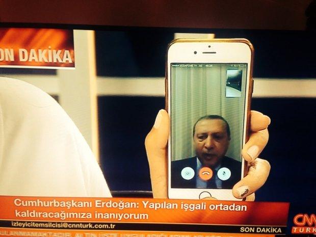 Erdoğan addressing the nation like this #Turkey