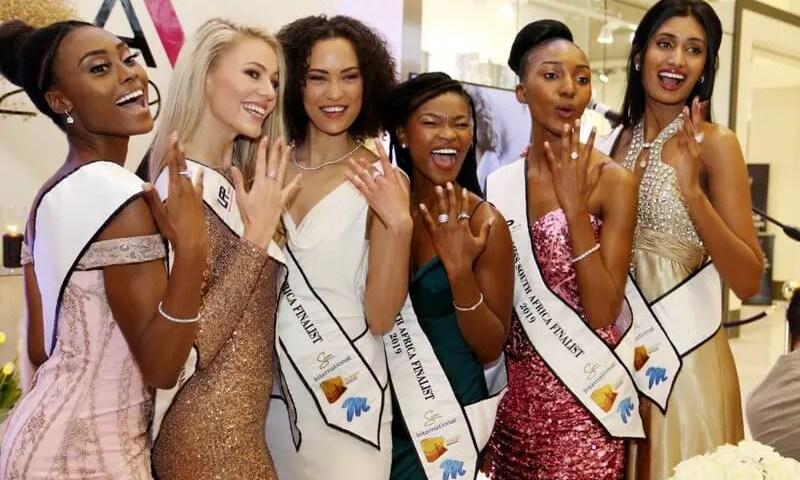 Chuma, Eloise, Loren Leigh Siba Nompumelelo and Xia Miss SA