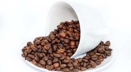 דיאטת משקה הקפה שכבשה את אמריקה – האם היא עובדת?