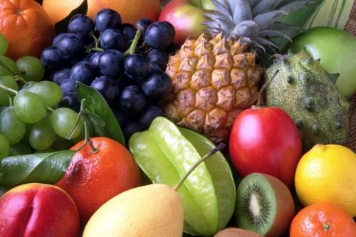 כמה פירות מותר לאכול בדיאטה