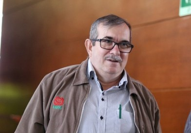 Rodrigo Londoño líder de las Farc cumpliendo con los acuerdos de la Habana empieza a contar la verdad