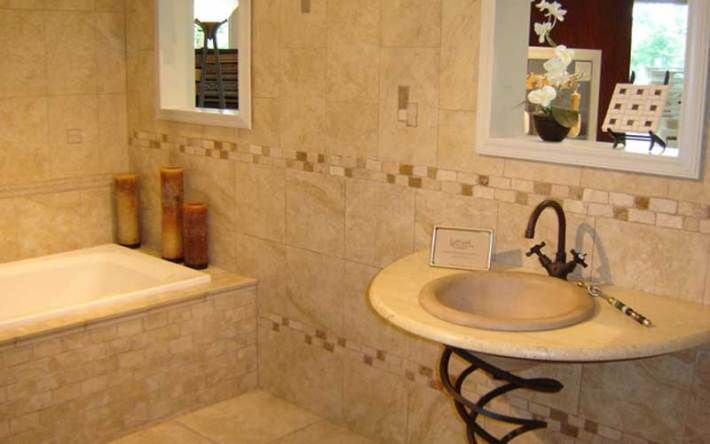 5-Small-and-Functional-Bathroom-Design-Ideas-2